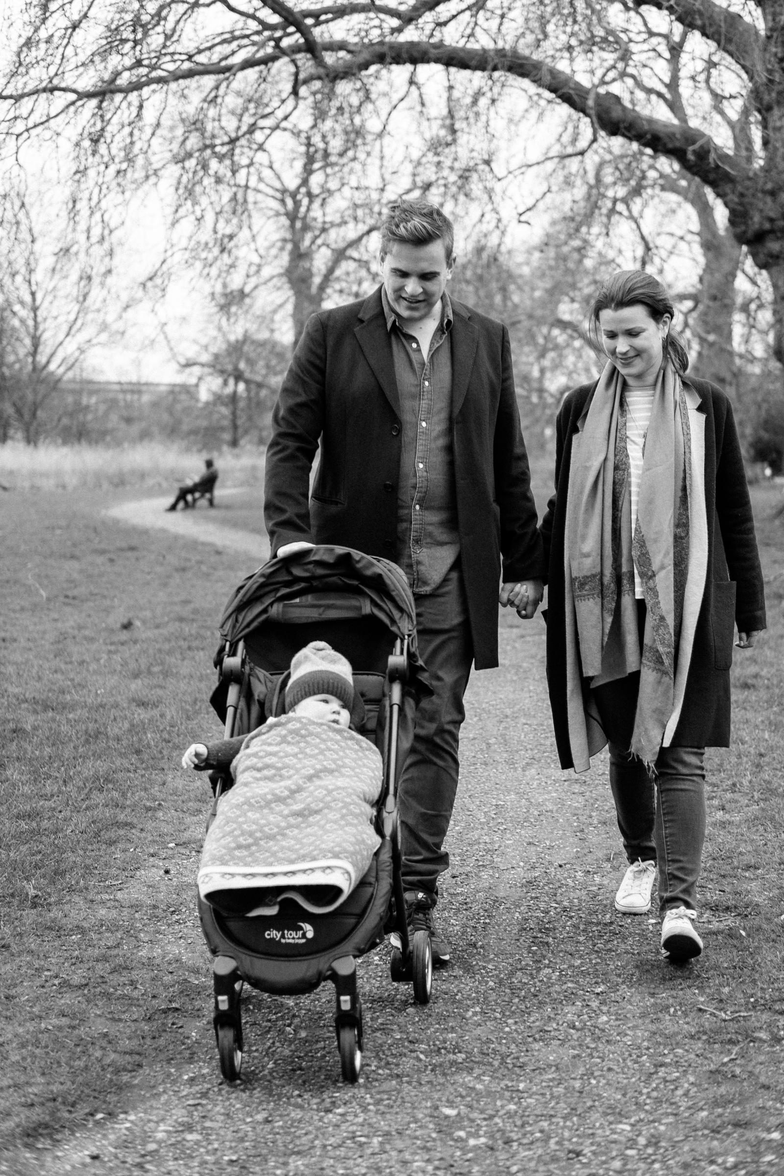 The Perfect Stroller for Travel Loving Parents, Space Savers and City Dwellers
