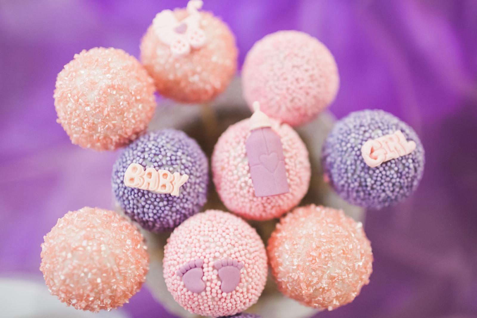 Gender Neutral parenting - pink or blue